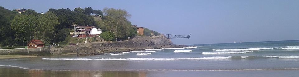Cargadero de mineral y playa de Dicido, Mioño, a 7 km de Posada Rosalia.