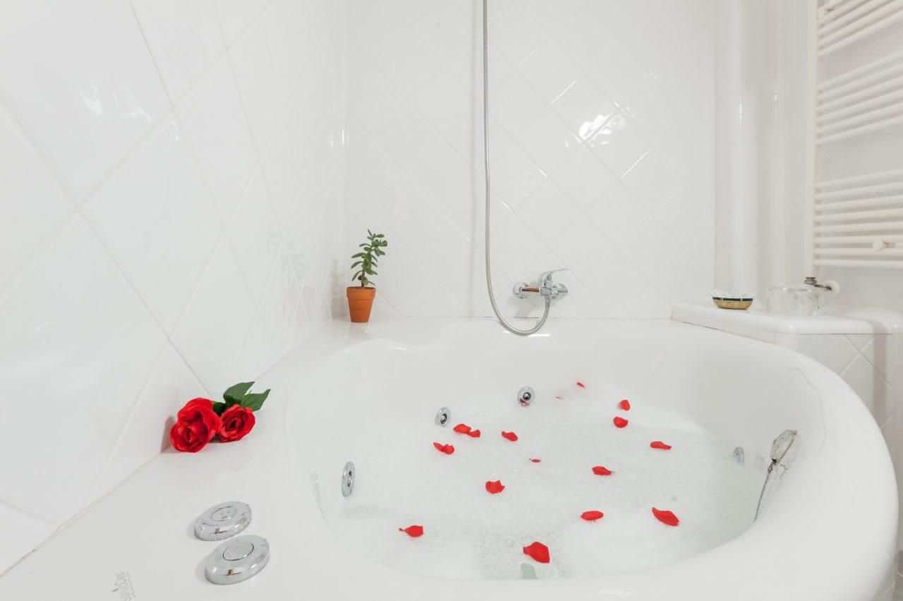 Bañera de hidromasaje .